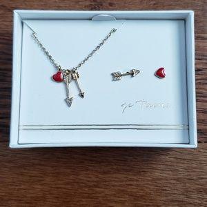 Petits bijoux heart and arrow necklace and earring